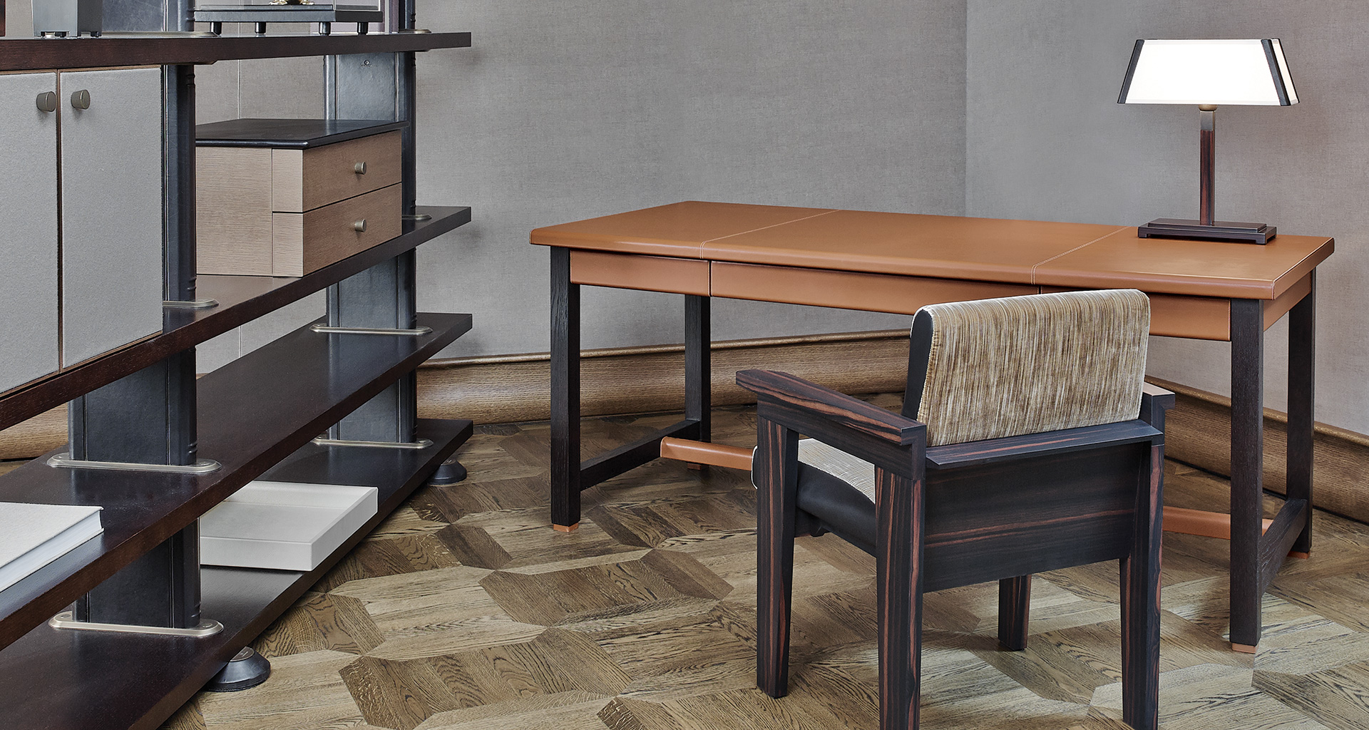 Ernest is a refined writing desk with wooden structure and covered in leather from the Promemoria's catalogue | Promemoria