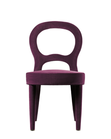 Bilou Bilou is a dining chair covered in velvet and linen or nappa leather available in different colors and in the versions standard, large and kids. Bilou Bilou is the most iconic dining chair from Promemoria's catalogue | Promemoria