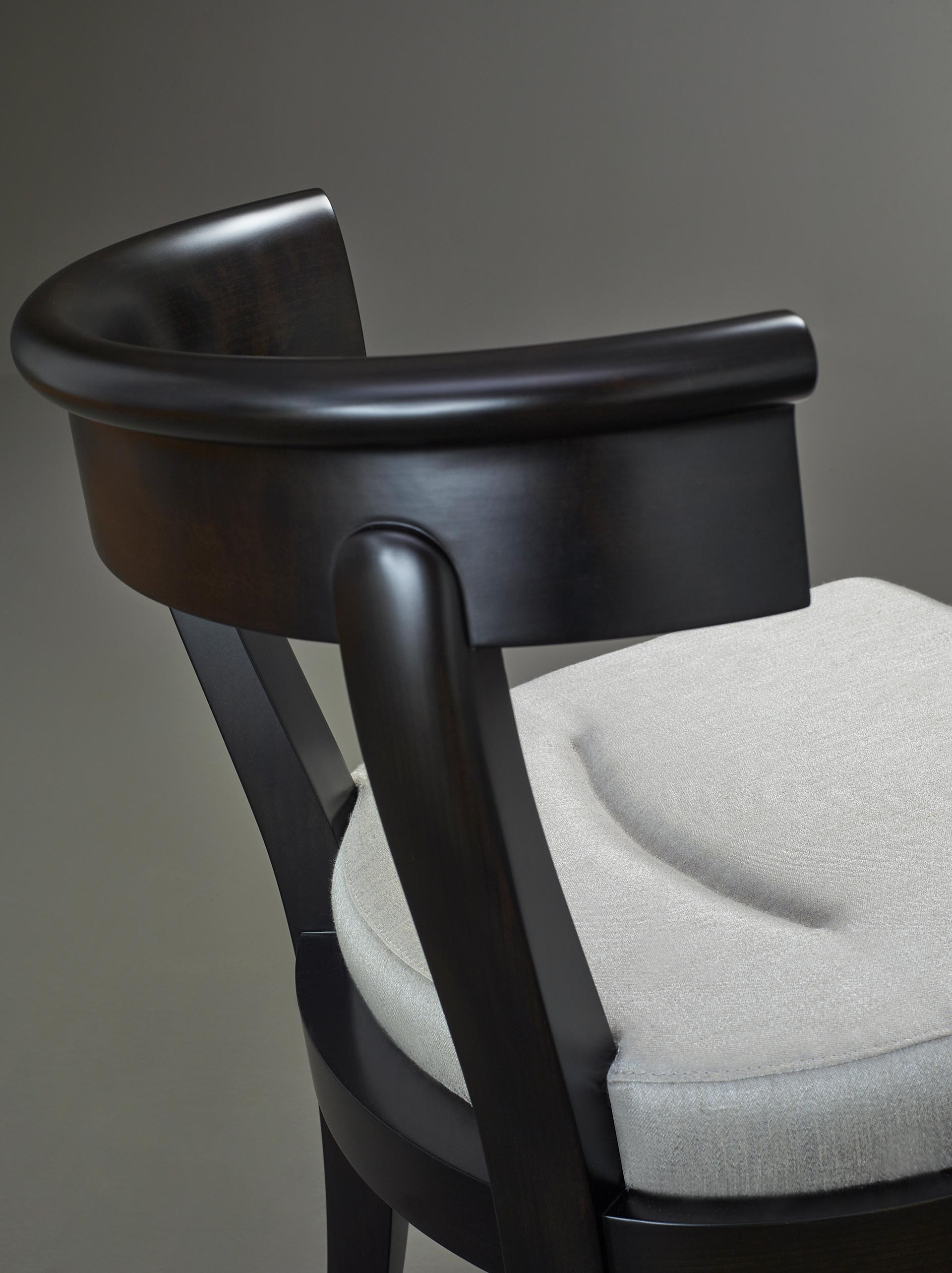 Semi-circle backrest detail of Irene, a wooden dining chair from Promemoria's catalogue | Promemoria