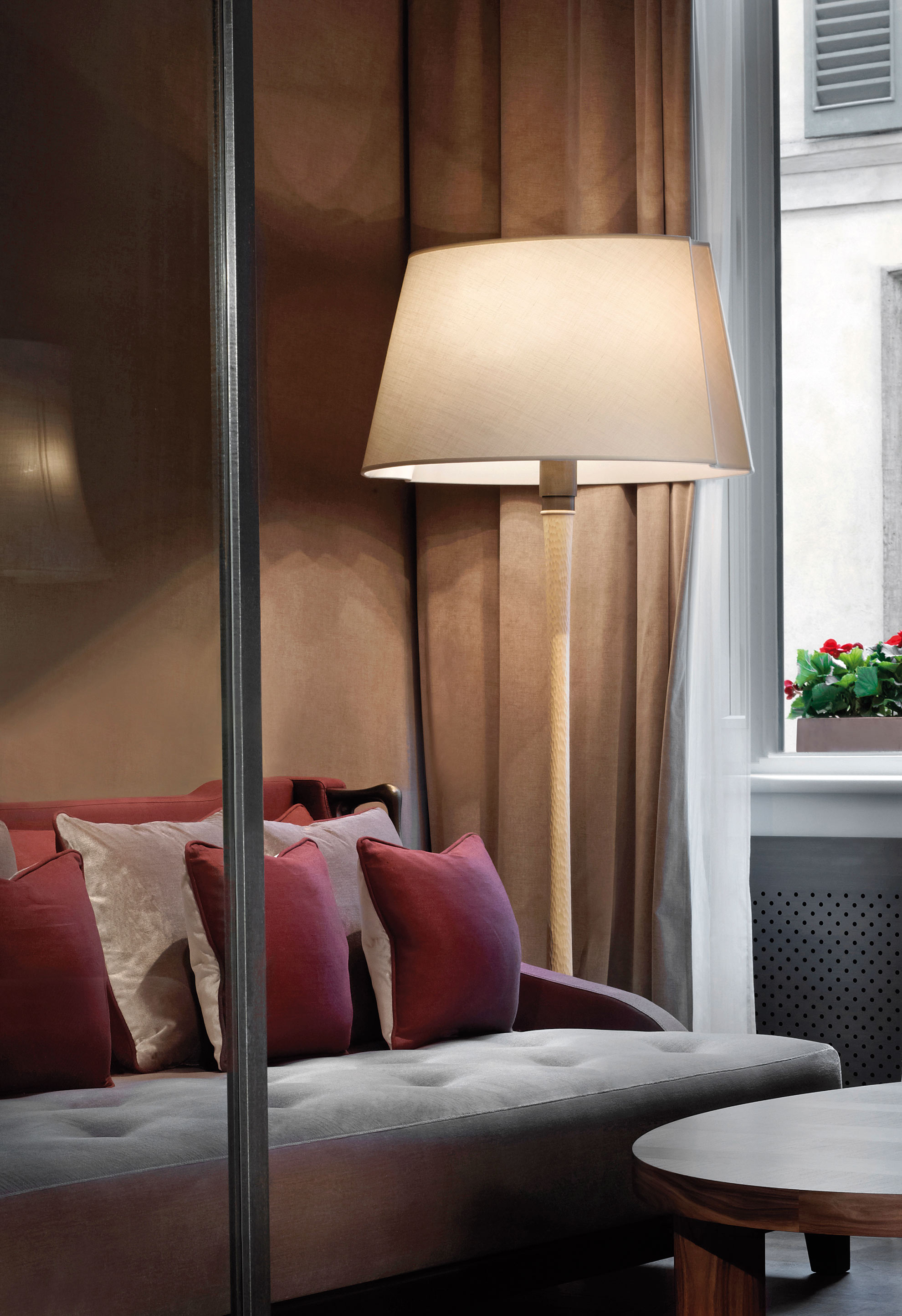 Promemoria Georges Led Bronze Floor Lamp