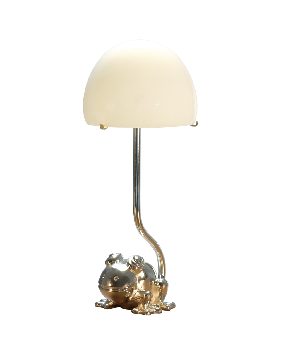 Grenouille is a table and bedside LED lamp with Murano glass lampshade, from Promemoria's catalogue | Promemoria