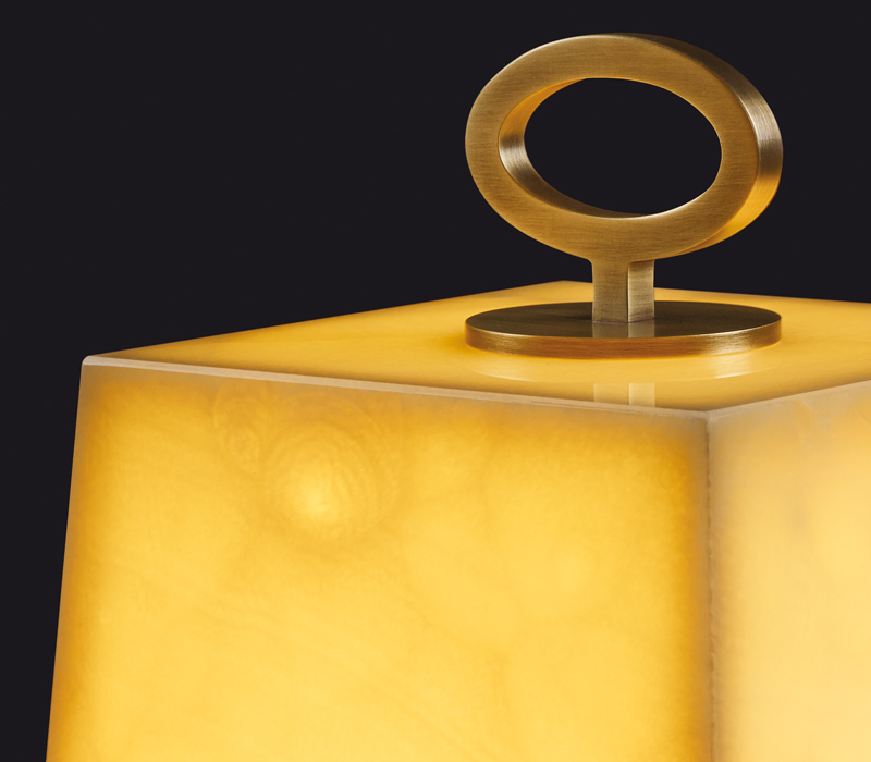 Detail of Karina, a table LED lamp in bronze or onyx, from Promemoria's catalogue | Promemoria