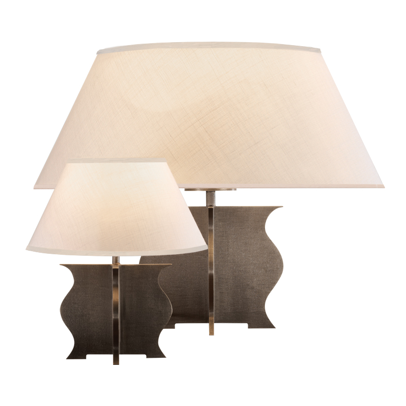 Renè is a table and bedside LED lamp, with bronze structure, methacrylate diffusers and linen, cotton or hand-embroidered silk lampshade, from Promemoria's catalogue | Promemoria