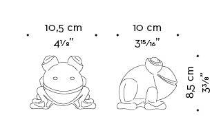 Dimensions of Rana Candela, a candle shaped like a frog, Promemoria's mascot, available in several colors, from Promemoria's catalogue | Promemoria