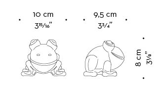 Dimensions of Rana in Metallo, a metal frog, Promemoria's mascot, available in several different types of metal, from Promemoria's catalogue | Promemoria