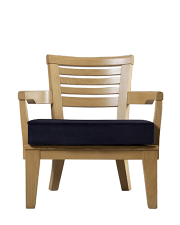 Varenna is an outdoor wooden armchair with a fabric or leather cushion from Promemoria's outdoor catalogue | Promemoria
