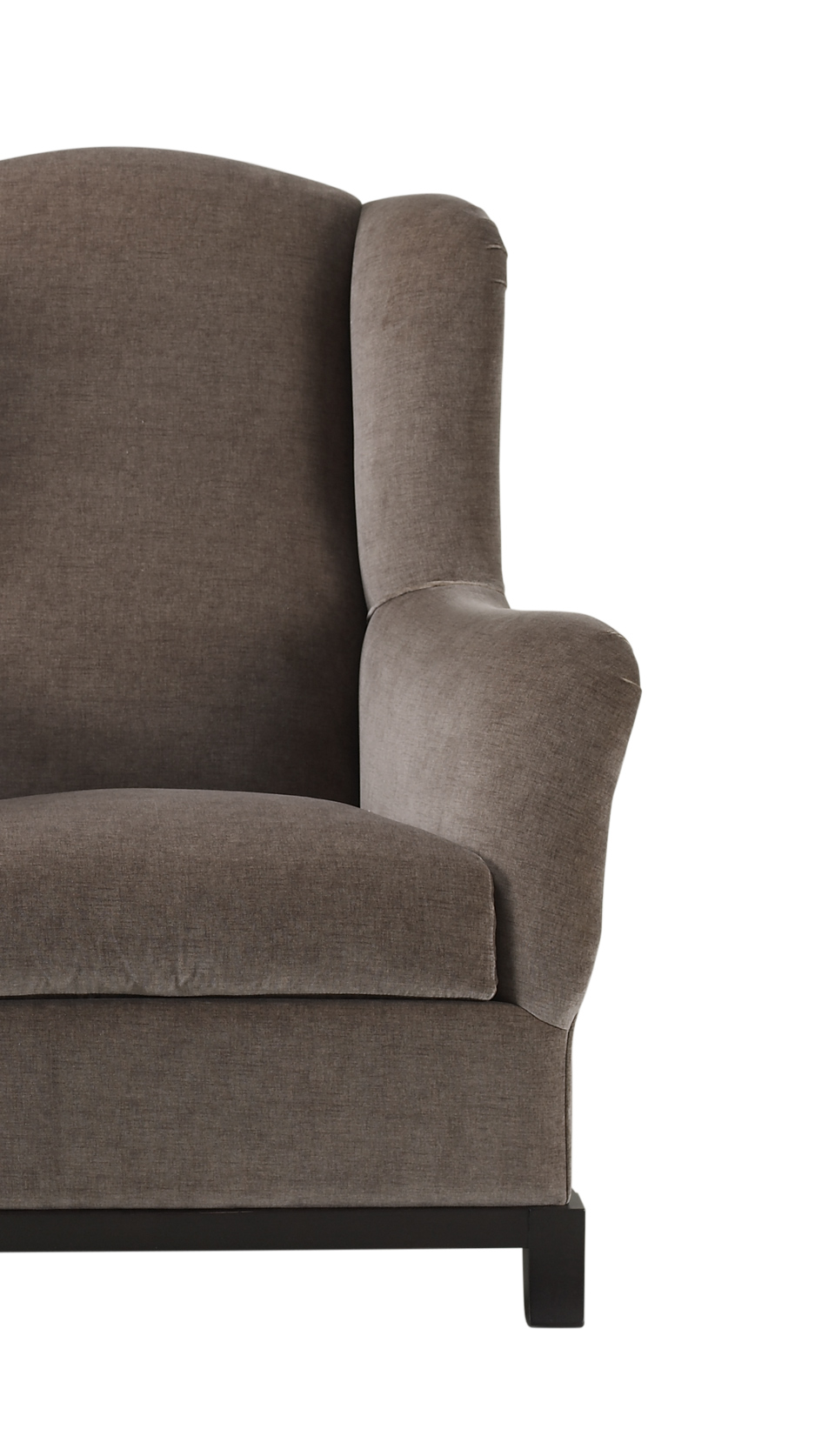 Dettaglio di Madame A, an armchair covered in fabric or leather with wooden base, from Promemoria's catalogue | Promemoria