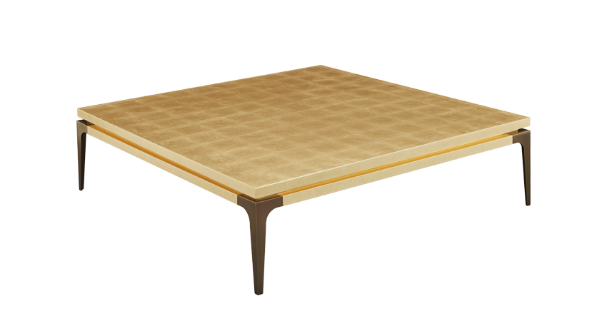 Cadogan est une table basse avec des pieds en bronze et un plateau disponible en plusieurs versions. Ce meuble fait partie de la collection « The London Collection » de Promemoria | Promemoria