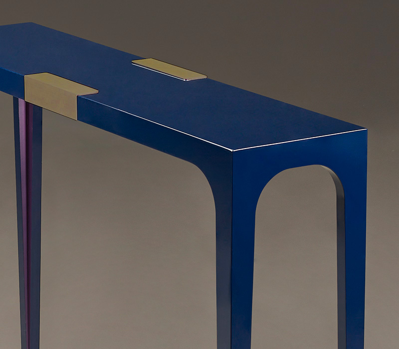 DC Console is a semi-gloss console with bronze feet and details, from Promemoria's The London Collection | Promemoria