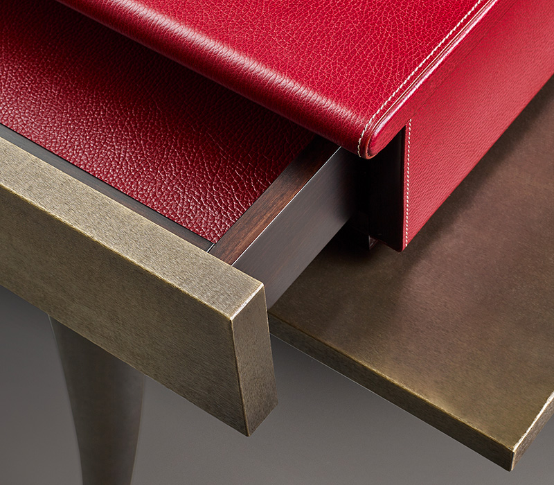 Drawer detail of Muu, a bronze console, from Promemoria's catalogue | Promemoria