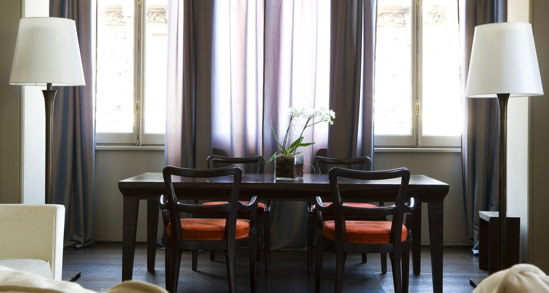 Dining room of a private residence in Milan furnished with Promemoria | Promemoria