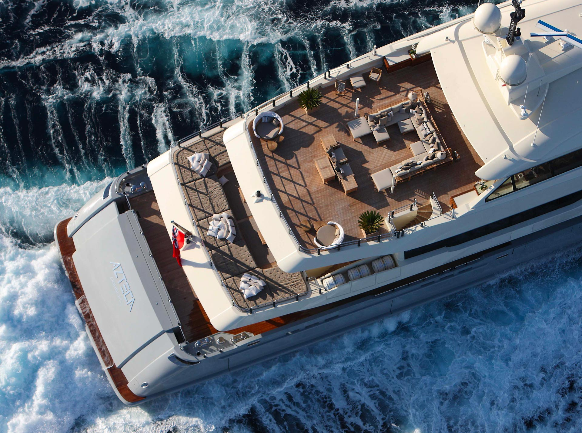 Rooftop of the AZTECA Yacht furnished with Promemoria | Promemoria