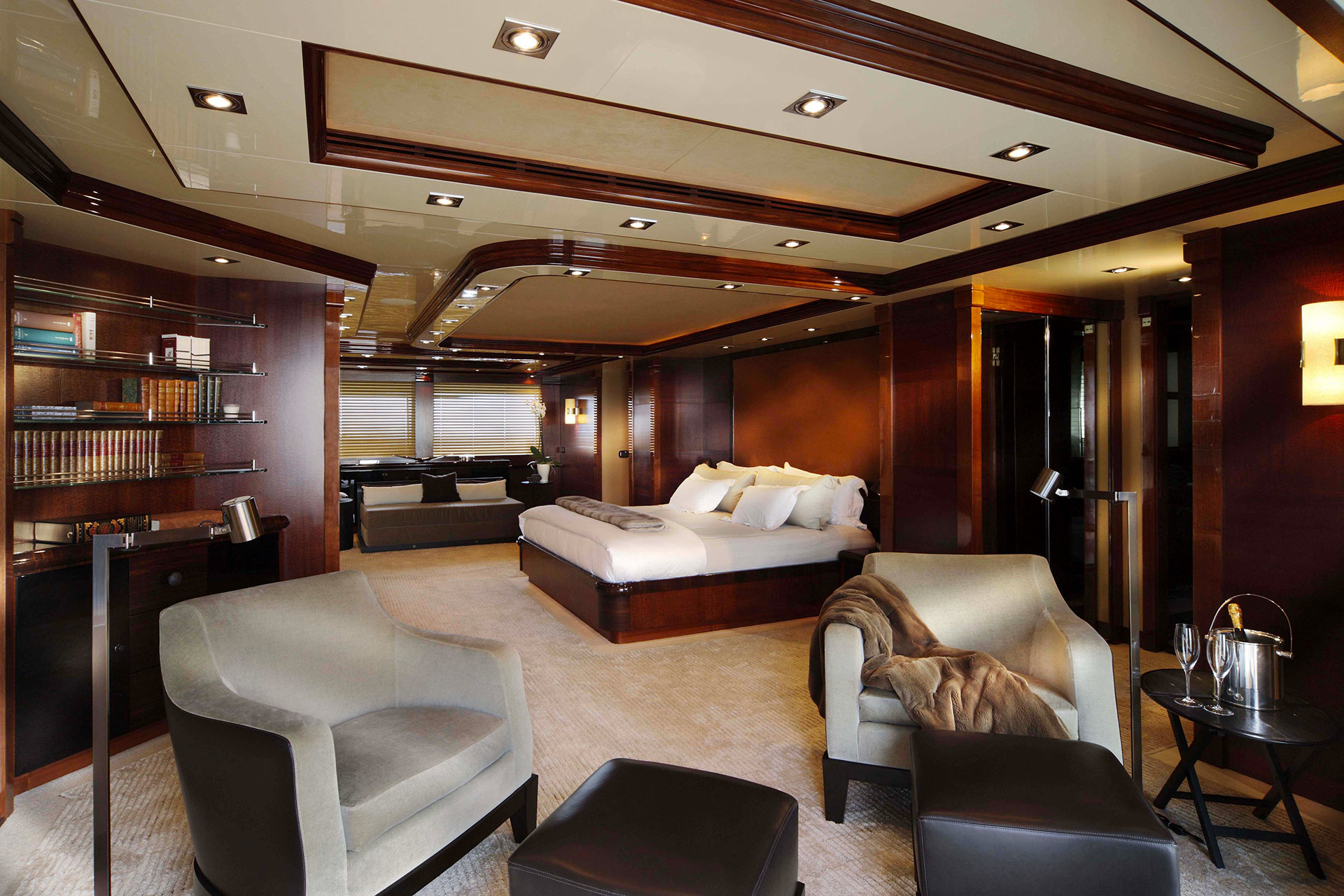 Bedroom in the AZTECA Yacht furnished with Promemoria | Promemoria