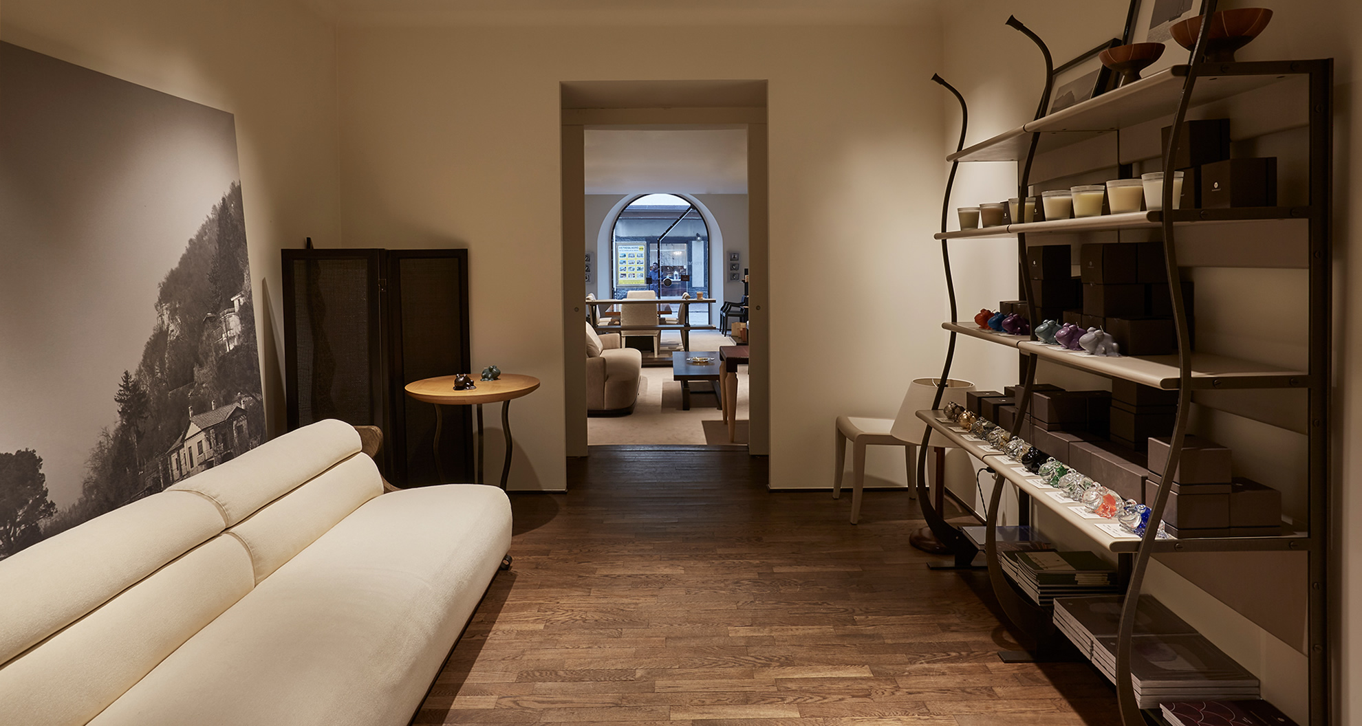 Living room in Promemoria's single-brand showroom in Lecco | Promemoria