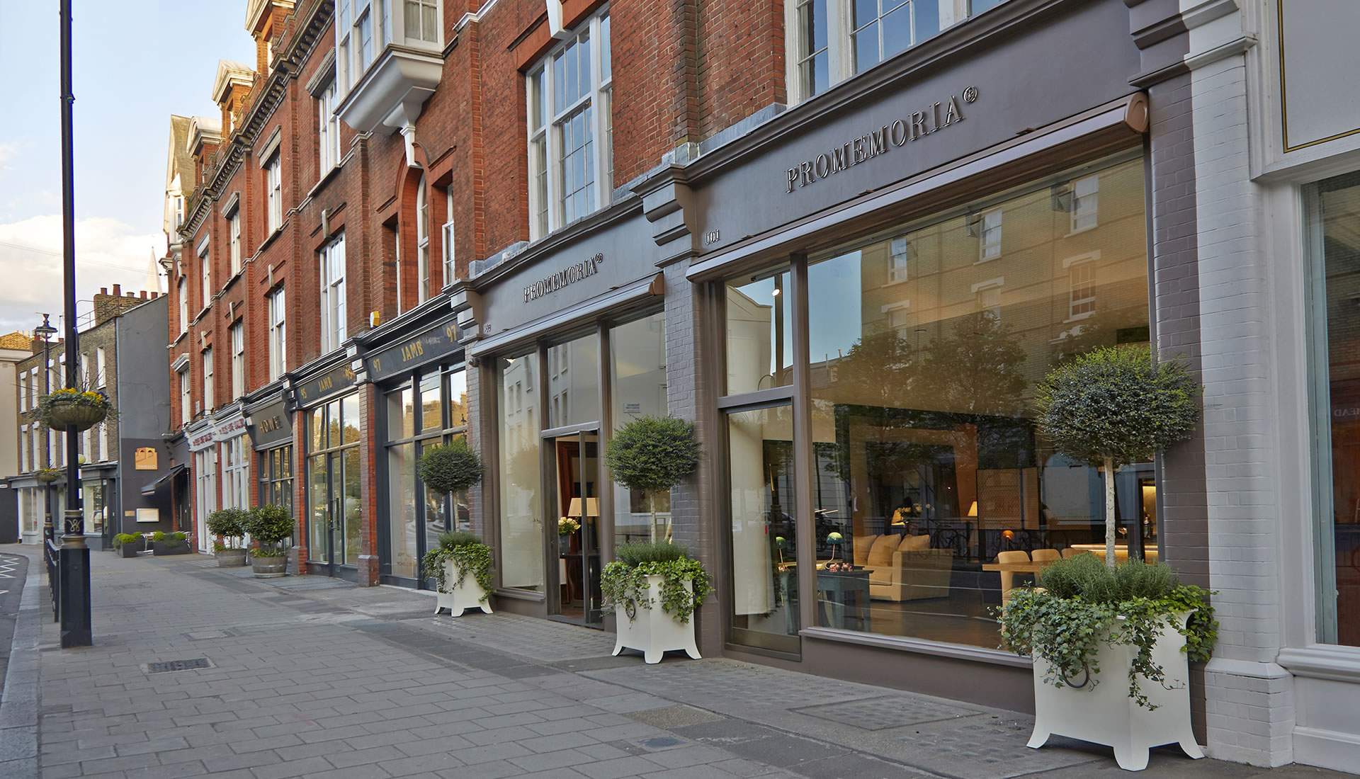 Promemoria's single-brand showroom in London | Promemoria